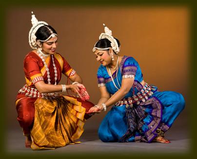 Keshini and Jyoti Pushpanjali